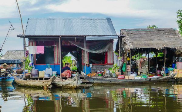 12 - Tonle Sap floating village - copyright Eleven magazine