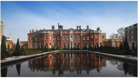 Gordon House was built in 1720 and added to by Robert Adam in 1758. It is claimed to be London's finest private riverside residence.